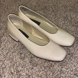 White Pappagallo One Inch Block Heels